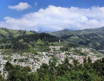 Quito aerial view - from DEZALB on pixabay