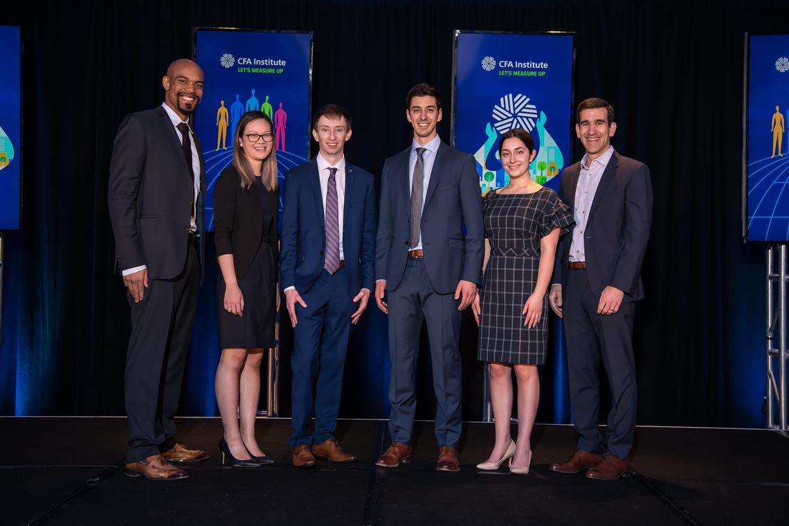 Haskayne students travelled to New York City this spring for the CFA Research Challenge – Americas.