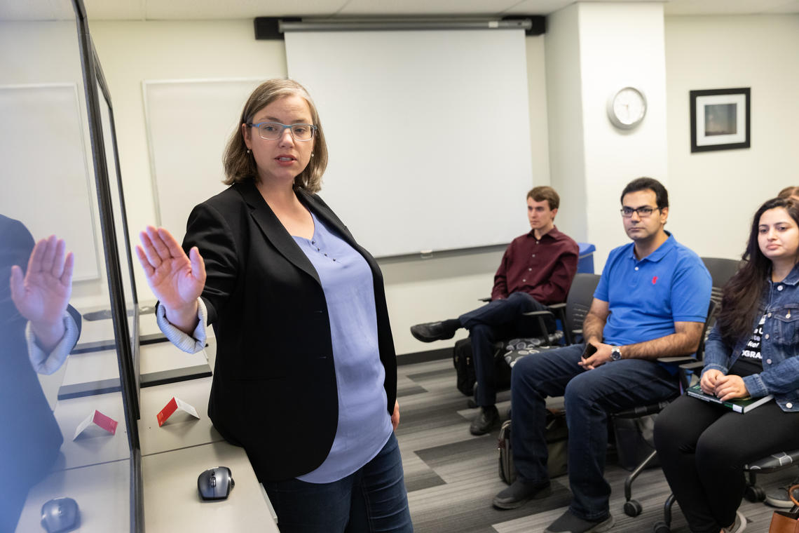 Graduate Scholarship Officer Erin Coburn delivers scholarship workshop