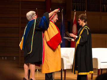The University of Calgary confers an honorary degree, Doctor of Laws, honoris causa, to His Highness the Aga Khan during a special ceremony on Wednesday, October 17, 2018.