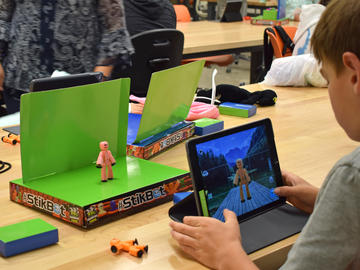 Using Stikbot animation sets, day campers learned about animation by making stop motion videos with Cybermentor, a STEM mentoring program, during their day at the Schulich School of Engineering.