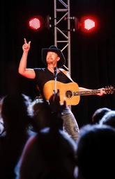 Paul Brandt performs at Libin Institute gala